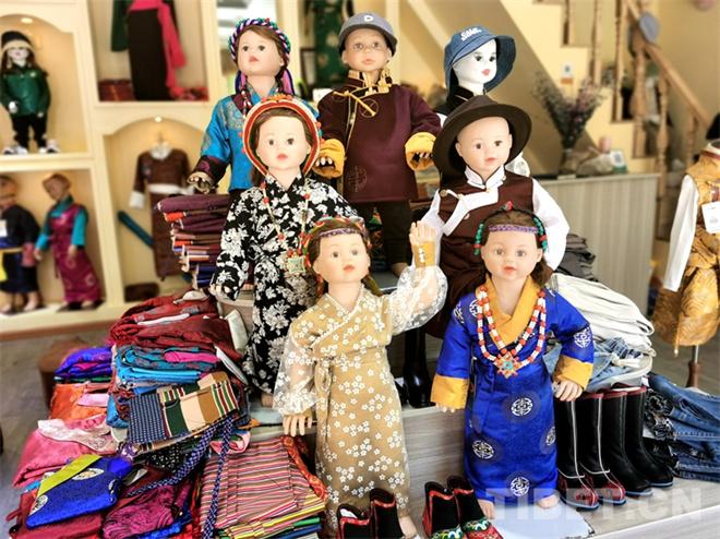 特色鲜明的藏式童装 传统也时尚1.jpg