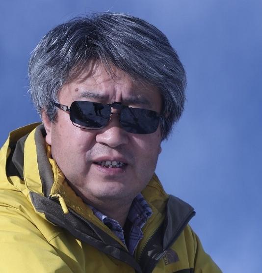 龚学敏:帮我们捡拾忧伤的人——读青年藏族诗人王志国诗集《春风谣》