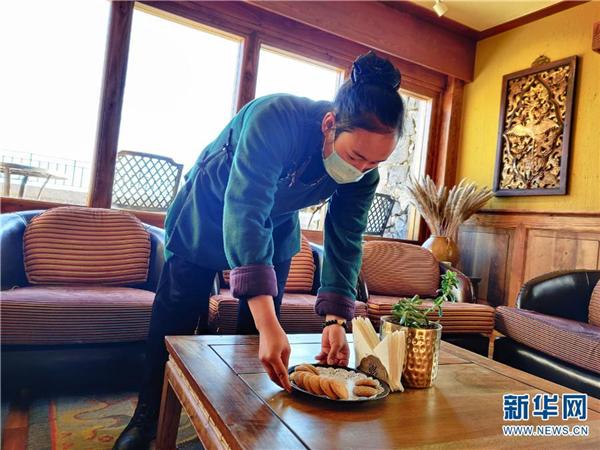 """云南省香格里拉为游客打造""""远方的家""""3.jpg"""