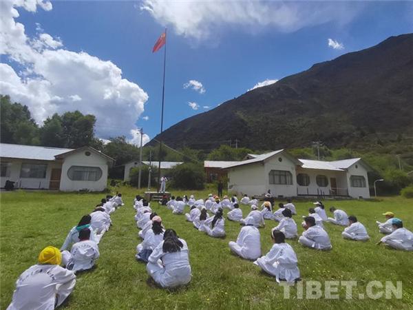 西藏第一届青少年跆拳道素质拓展训练营圆满落幕3.jpg