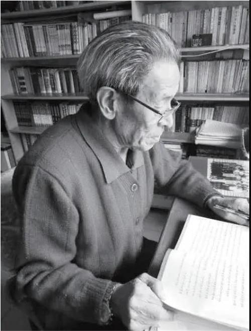 《新编藏文藻饰词词典》(藏汉对照)出版发行2.jpg