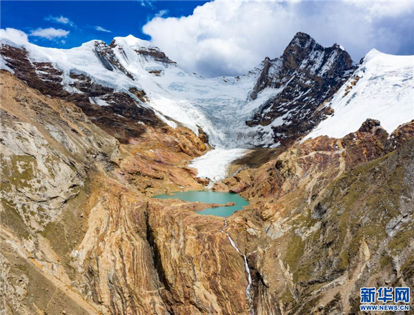 图览雅拉香布雪山1.jpg