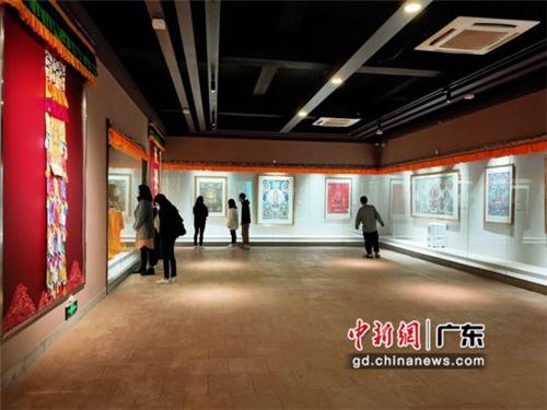 80余幅国家级非遗大师唐卡作品广东省东莞市展出2.jpg