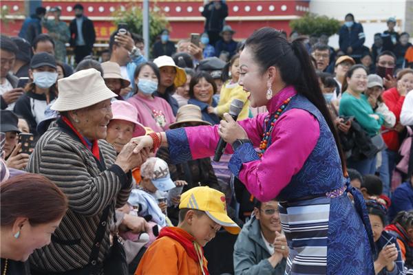 """""""我在拉薩唱歌給你聽""""——歌手眼中的西藏時空變遷1.jpg"""