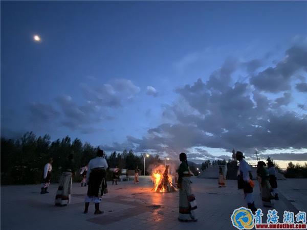 《都兰锅庄》首创摄制启动仪式在都兰县举行2.jpg