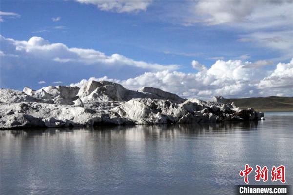 藏科考最新研究:西藏阿汝冰崩对下游湖泊贡献达23%1.jpg